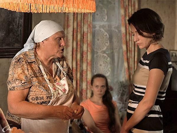 баба нина слепая смотреть и видеть людей