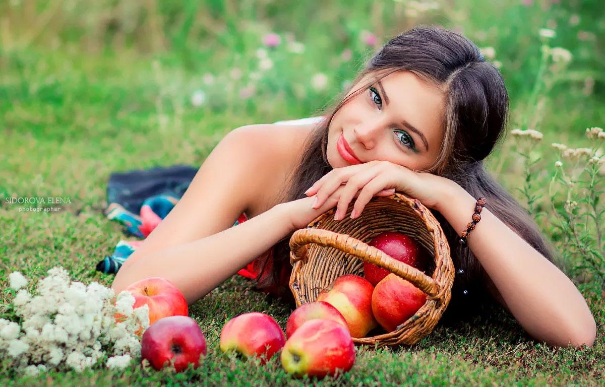 яблочный спас традиции