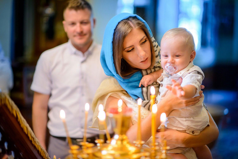 можно крестить ребенка без крестных